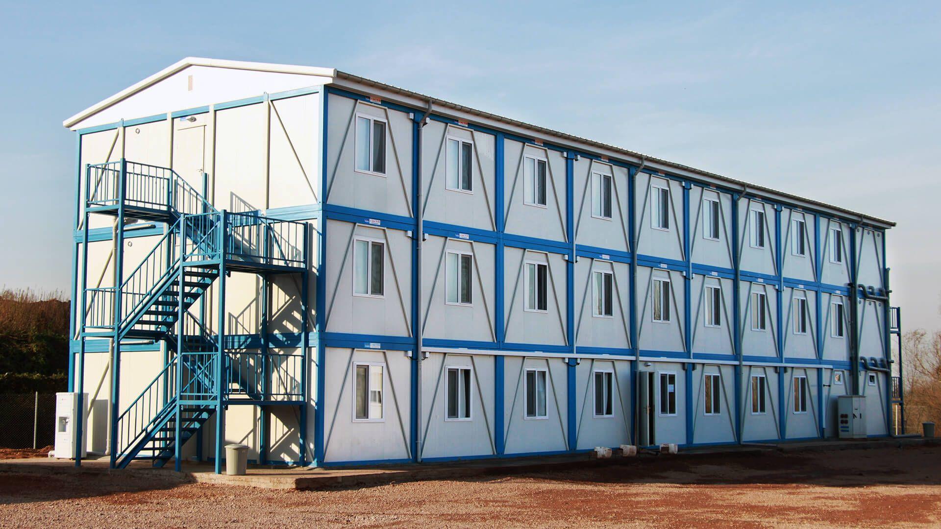 prefabrik-yatakhane-binasi-ofis-sandvic-panel-kamp-mencamp-man-santiye-hafif-celik
